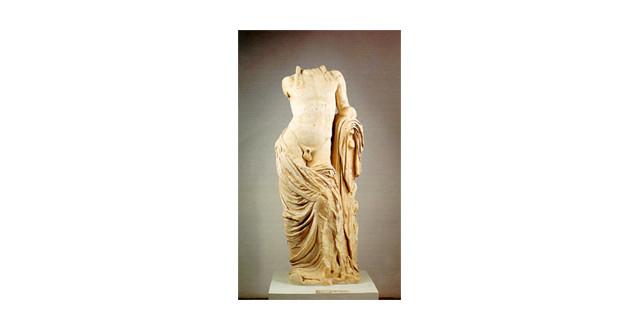 Ο Απόλλων και η Άρτεμις στο αρχαιολογικό μουσείο Χαλκίδας