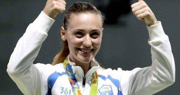 Η Άννα Κορακάκη με χάλκινο μετάλλιο στη σκοποβολή