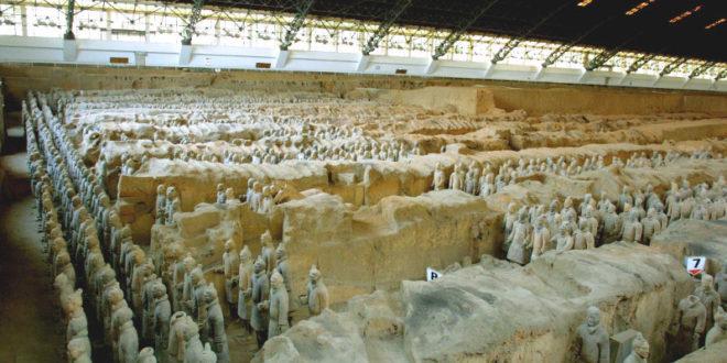 Αποκάλυψη: Οι αρχαίοι Ελληνες επηρέασαν την κατασκευή του Πήλινου Στρατό της Κίνας!