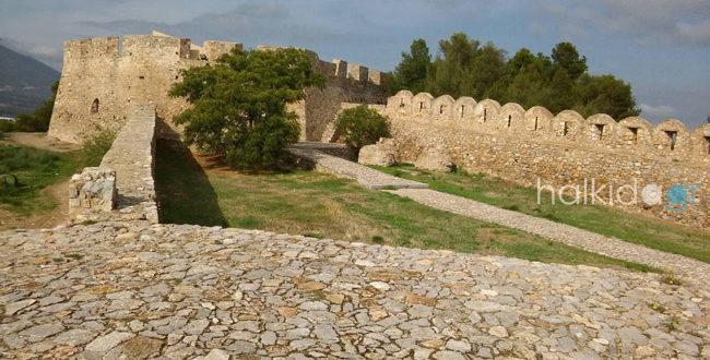 Κάστρο του Ευρίπου & Φρούριο Καράμπαμπα